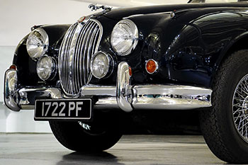 black-jaguar-350x233